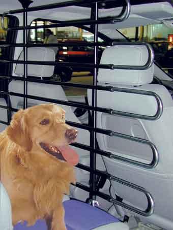 Transport chien accessoires de transport pour chien - Grille protection chien pour voiture ...